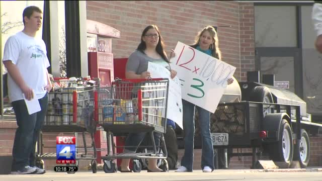 Metro high school students strive to feed area homeless for at least three days